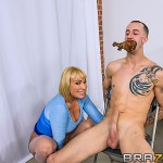 Mellanie Monroe in Milfs Like it Big: I'm Thankful for... 01